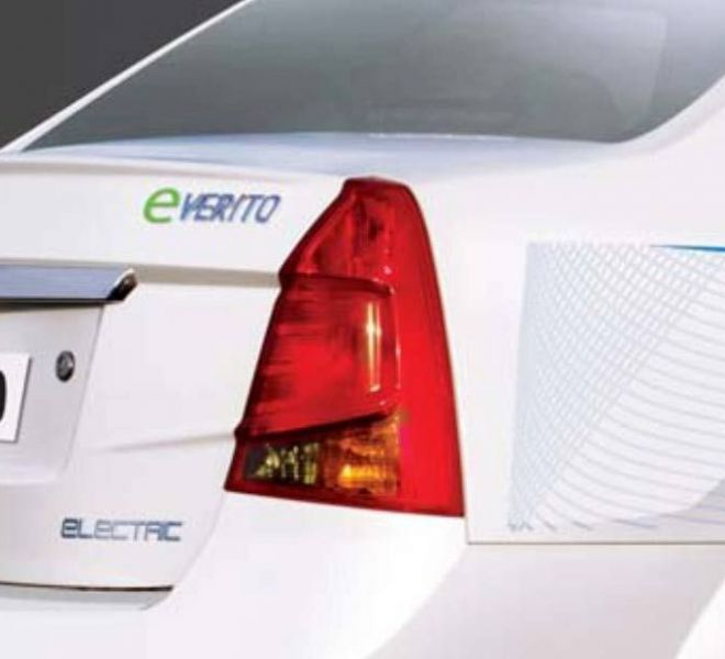 Automotive Mahindra E-Verito Exterior-5