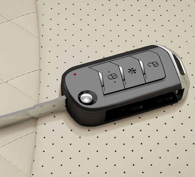 Automotive Mahindra TUV300 Plus Interior-3